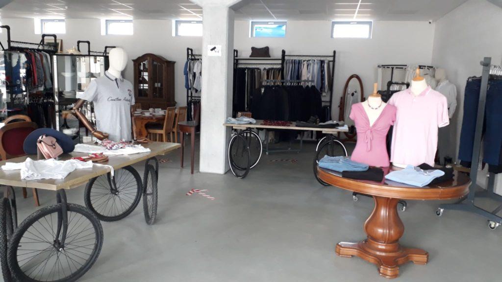 Interieur de magasin Ateapic
